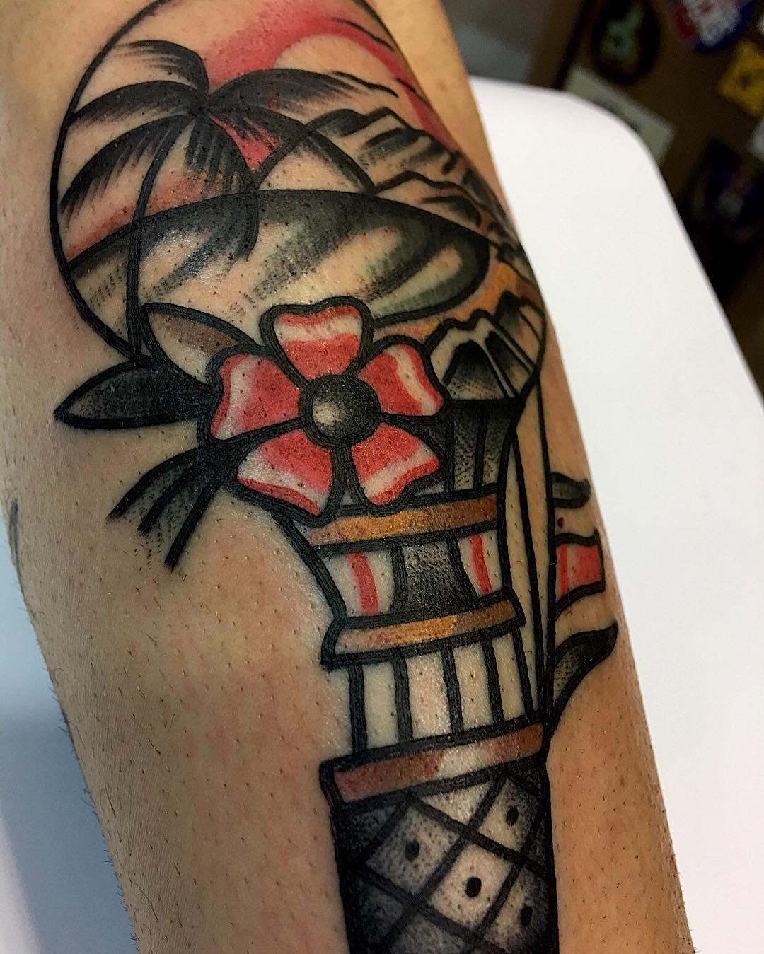 ciudadrealtattoo,tattooshop,tattooers,besttattooers,juantabasco,ciudadrealsetatua,ink,inkmaster,tatuajes,realismo,realistictattoo,ciudadrealtattoo,americanatattoos,traditionaltattoos,oldwork,madonna,eeuu,inked,inkedlife,inkedsociety,art,amazingink,tattooart,oldlines,oldschooltattoo,topclasstattooing