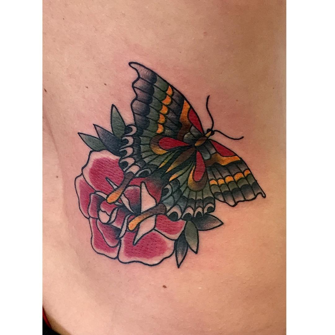 f4f,followforfollow,followme,tagsforlike,oldlines,follow,juantabasco,skinartmag,thebesttattooartist,oldschooltattoo,tatuajesciudadreal,tatuajesenciudadreal,supportgoodtattooing,tattoocommunity,inklife,inkedlife,igersciudadreal
