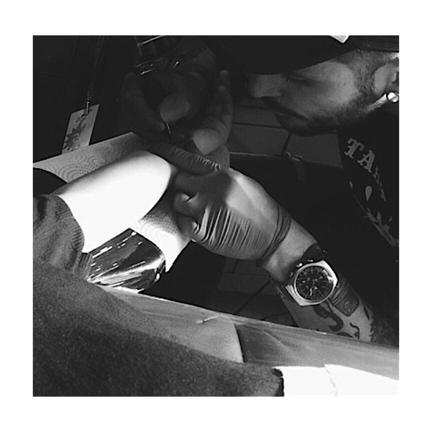 findesemana,sunday,sunsayfunday,sundaytattoolove,artwork,artoftheday,juantabascotattooer,tatuajesenfotos,tatuajesenciudadreal,tattoociudadreal,tattooink,tattooshop,ink,man,mantattoo,tattooer,tattooers,tattooerslife,blacktatttoers,blackandwhite,blacktattoo,blackandgrey