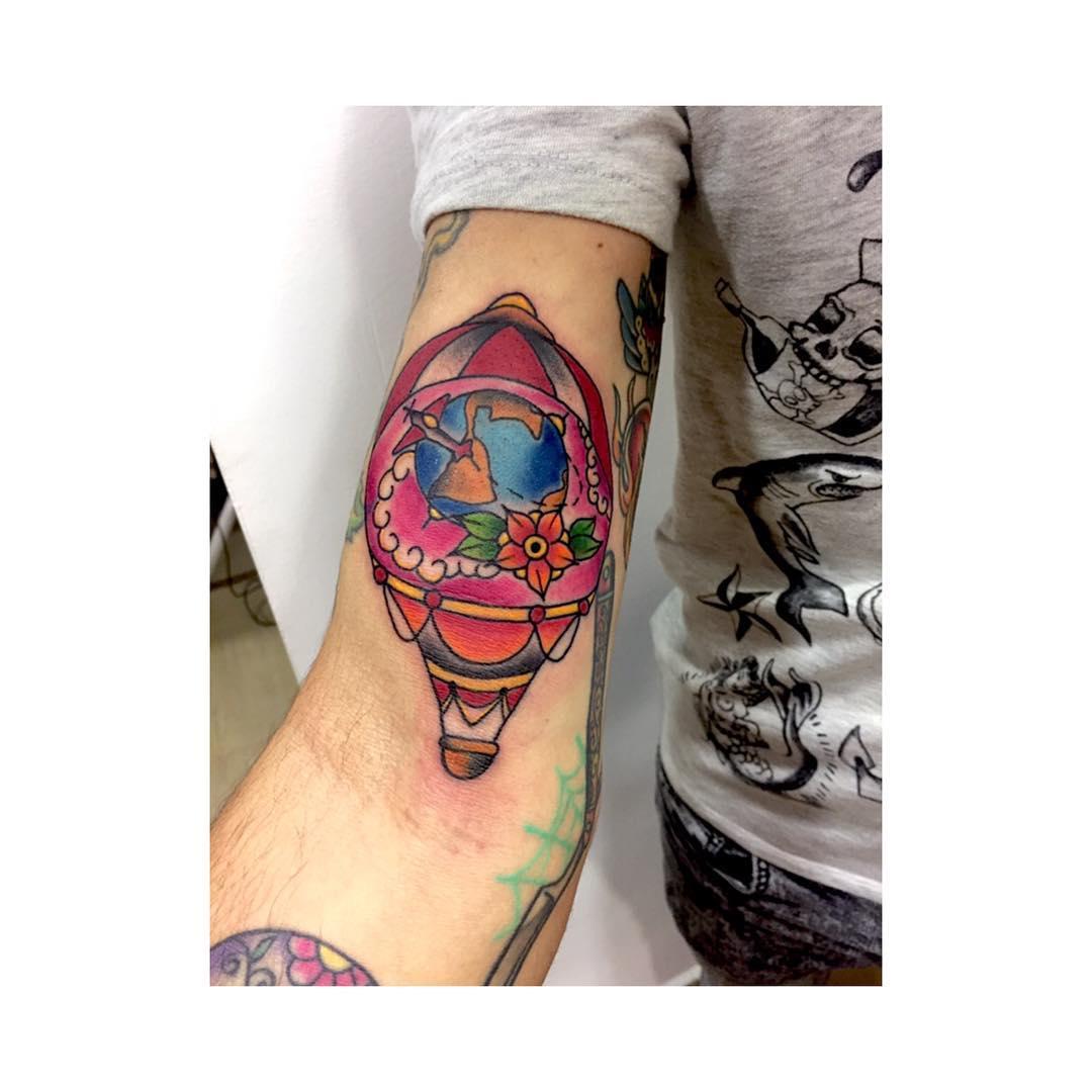 tatoo,tattoo,tattoos,tatuaje,tattooed,ink,besttattoo,inked,inkart,inklife,juantabascotattooer,spaintattoo,globotattoo,tatuajesciudadreal,tatuajesenciudadreal,oldschooltattoo,tradicionaltradicional,tradicionaltattoo,thisiscolor,inkstagram,instagram,blackandgrey,blacktattooers,lisboa,fullcolor,girltattoo,travelingram,follow4follow,followmeplease,sky
