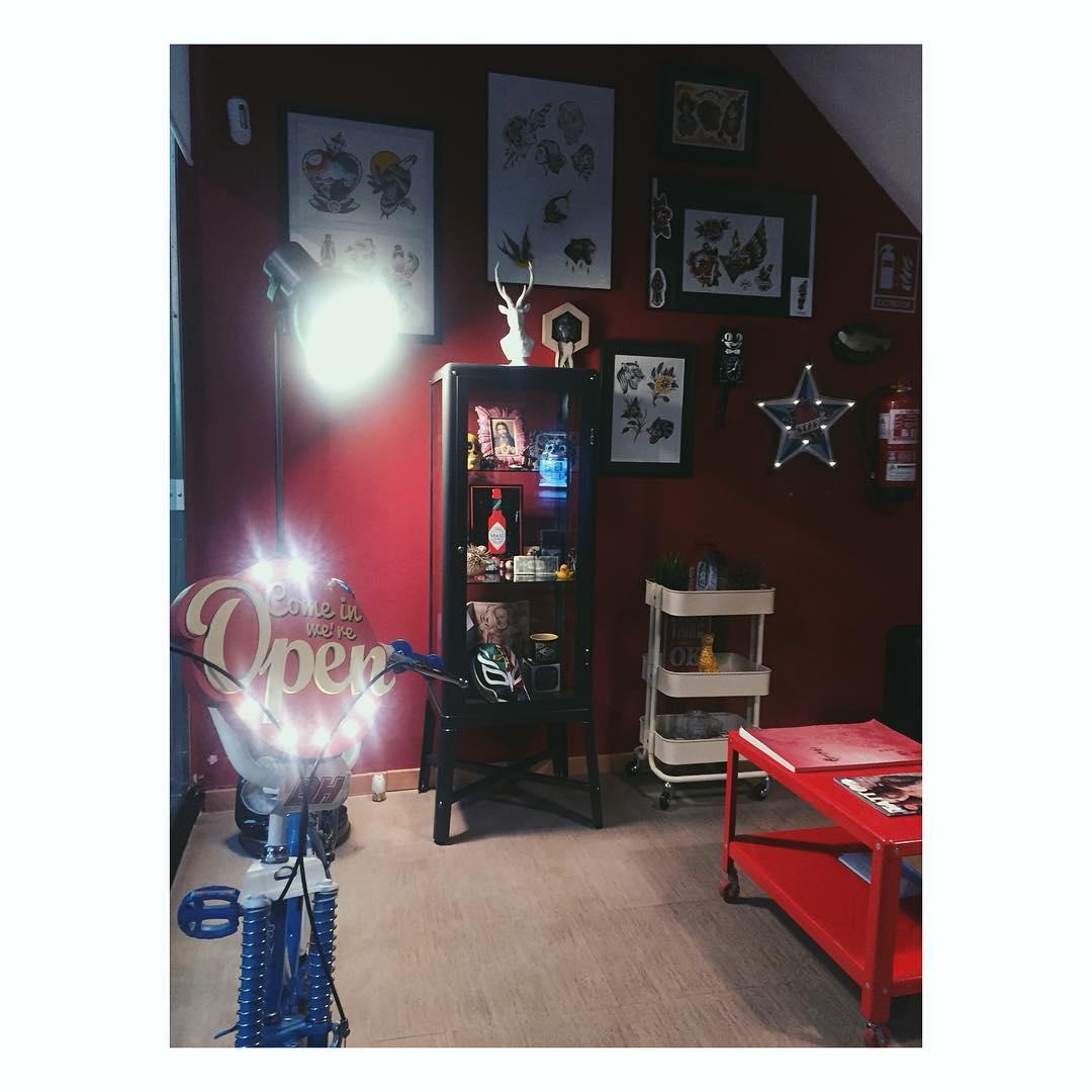 tattoo,tattooist,tattoos,tattooart,tattooflash,tattooink,tattooshop,ink,inktattoo,inklife,inkstagram,inkwell,oldschooltattoo,oldschool,traditionaltattoo,tattoocommunity,tattoowork,art,artstagram,ciudadreal,ciudadrealtattoo,juantabascotattooer,juantabascotattooerciudadreal
