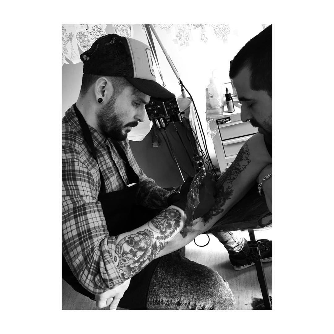 tattoo,tattoos,tattooer,tattooed,ink,inked,inklife,classictattoo,tradionaltattoo,oldschooltattoo,shop,shoptattoo,eternalink,tatu,tatuadores,art,artistattoo,spain,spaintattoo,ciudadreal,ciudadrealtattoo,juantabasco,juantabascotattooer