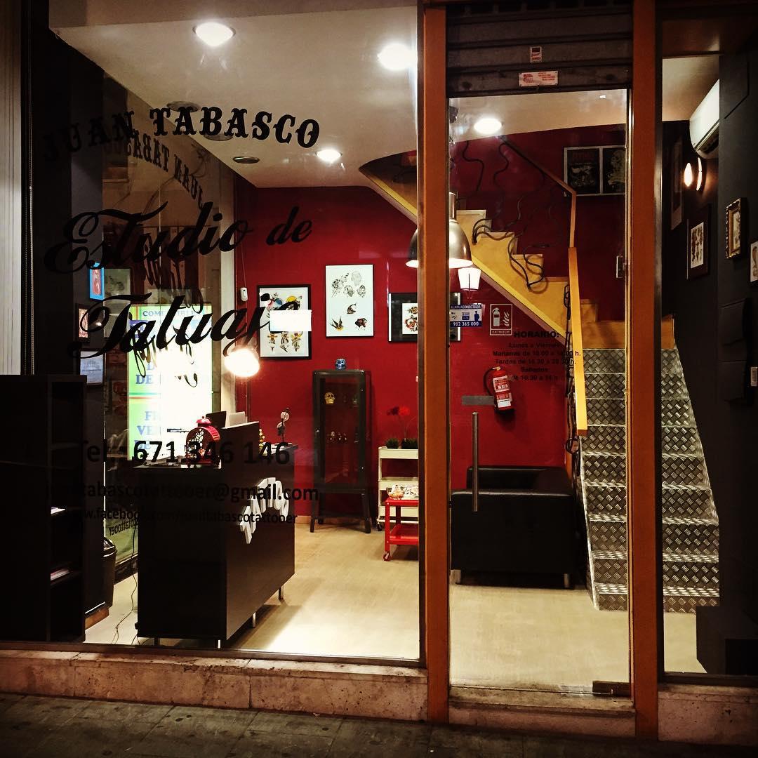 tattoo,tattoos,tattooer,tattooshop,juantabascotattooer,juantabascotattooerciudadreal,juantabasco,besttattooers,ink,instaart,instagram,instapick,instaart,art,artist,artista,tattooartis,cheyenne,cheyennethunder,stigmarotarymachines,ciudadreal,oldschool,oldschooltattoo,sailorjerry