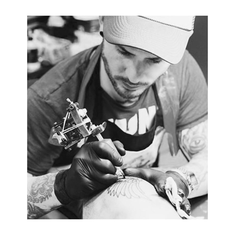 tattoo,oldschool,tradicionaltattoo,oldlines,ciudadreal,customtattoo,juantabasco,besttattooers,bobinas,13Rs,wave,sailorjerry,customtattoo,juantabascotattooer,studio,tattooshop,black,veneno,ciudadrealink,ontheroad,oldschoolafull,thisiscolor,inkmaster,tattooer,juantabasco,zonacentro,royalcity