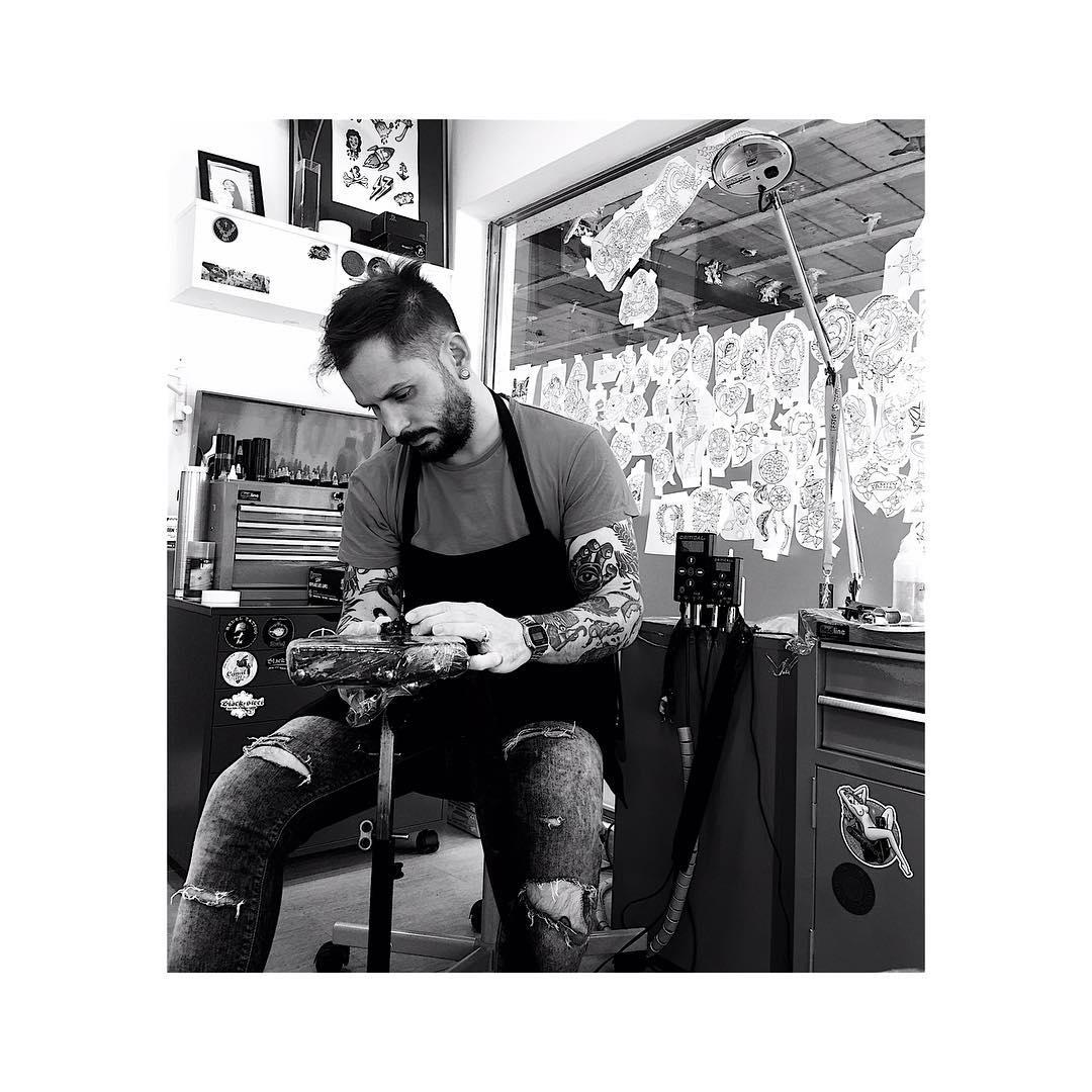 tattoo,tattoos,tattooer,tattooshop,abiertossabadostarde,ciudadreal,ciudadrealtattoo,tatuajesciudadreal,ink,inklife,inked,inkstagram,tattooink,amazing,juantabasco,juantabascotattooer,followme,inkstagram,instagram,besttattooers,oldschool,tradicionaltattoo,customtattoo,classictattoo,japanesetattoo,realismo