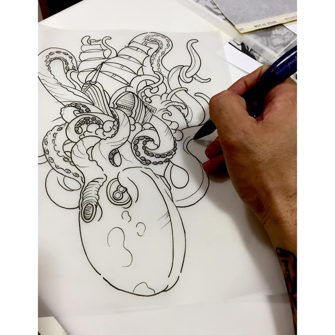 tattoo,thisiscolor,hardwork,work,inklife,inked,custom,oldschooltattoo,traditional,traditionaltattoo,juantabasco,juantabascotattooer,craken,legend,ink,inked,inklife,art,artist,artoftheday