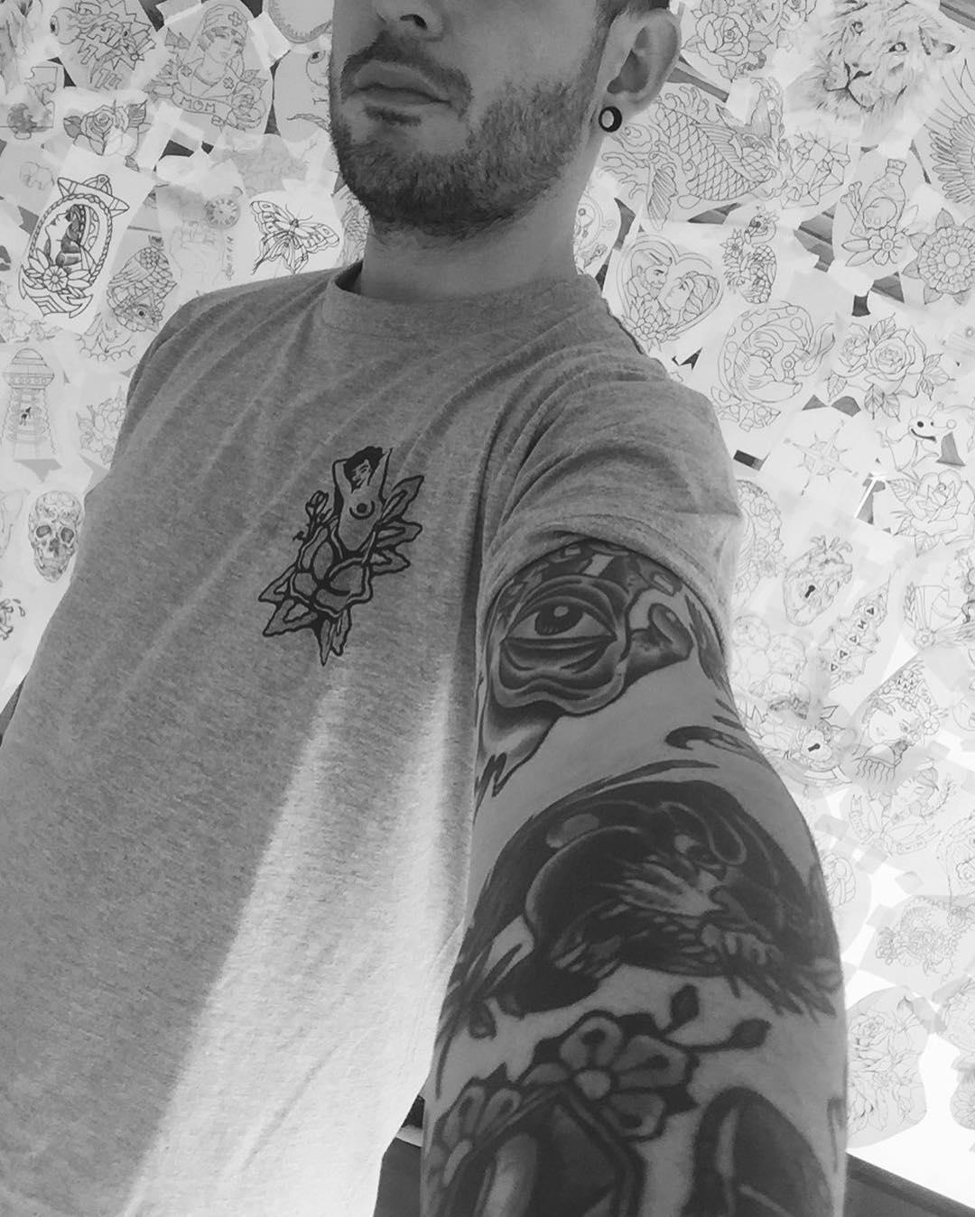 tattooart,art,artistic,old,oldschollshit,custommade,owl,tabasco,berlintattoo,barcelonatattoo,ibizatattoo,tabascotattooer,bestattooers,tradicionaltattooers,bestisbest,tatuajes,berlintattooers,ontheroad,classictattoo,tendencia,creativity,bobinas,tradicional,studyofberlin,berlincity,tatuandoenberlin,tattooersberlin671346146,tattoo,tattoos,tattooart,art,artistic,old,oldschollshit,custommade,owl,tabasco,berlintattoo,barcelonatattoo,ibizatattoo,tabascotattooer