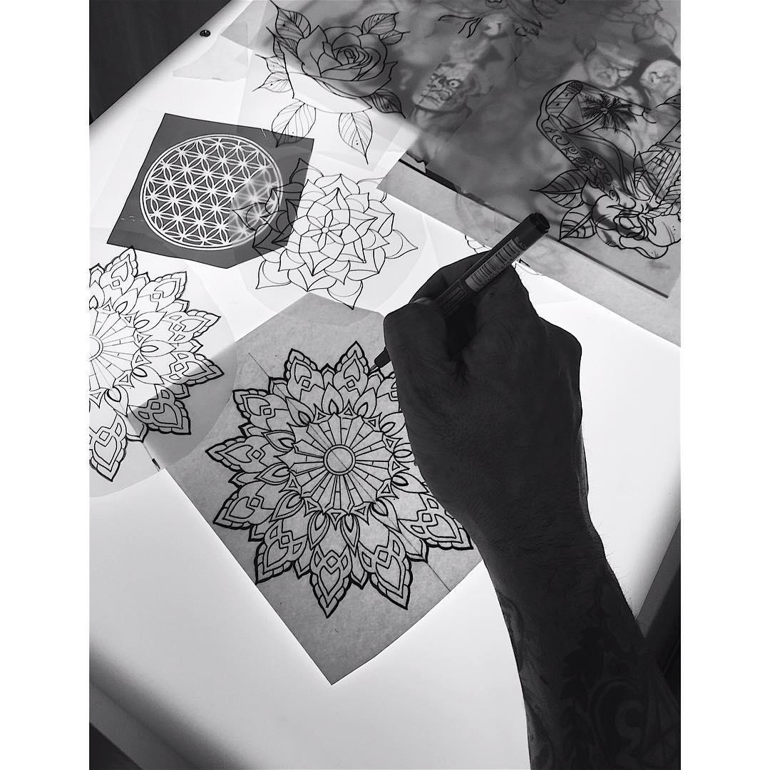 tattoos,thisiscolor,spaintattoo,besttattooers,besttattoos,geometry,geometric,mandala,ink,inks,inklife,besttattooers,linner,designer,designer,juantabasco,juantabascotattooer,tattooshop,tatuajesenfotos,tatuajesenciudadreal,tattooartist,artoftheday
